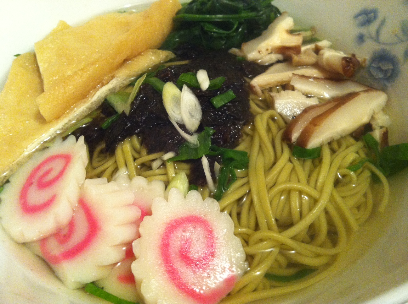 ... soba noodles in dashi soup with green onions, nori and baby spinach